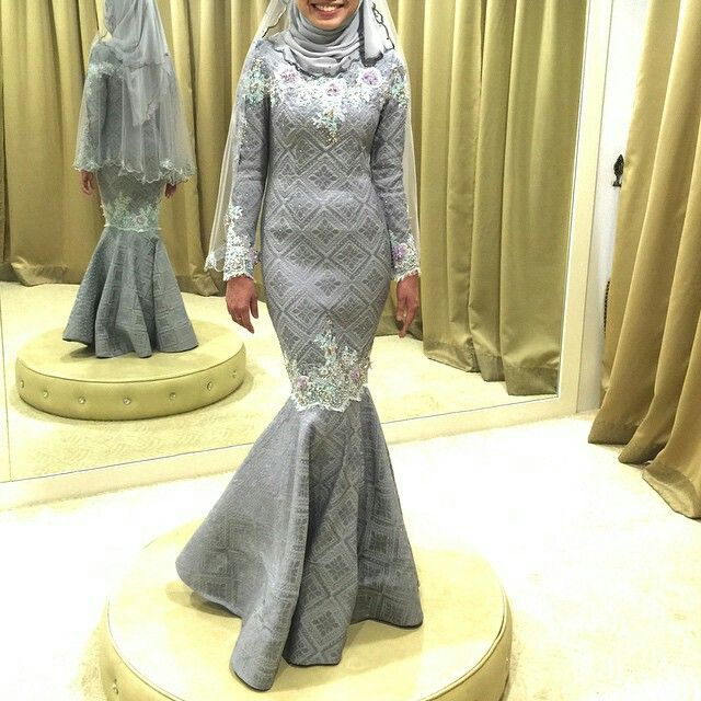 Gorgeous songket for wedding