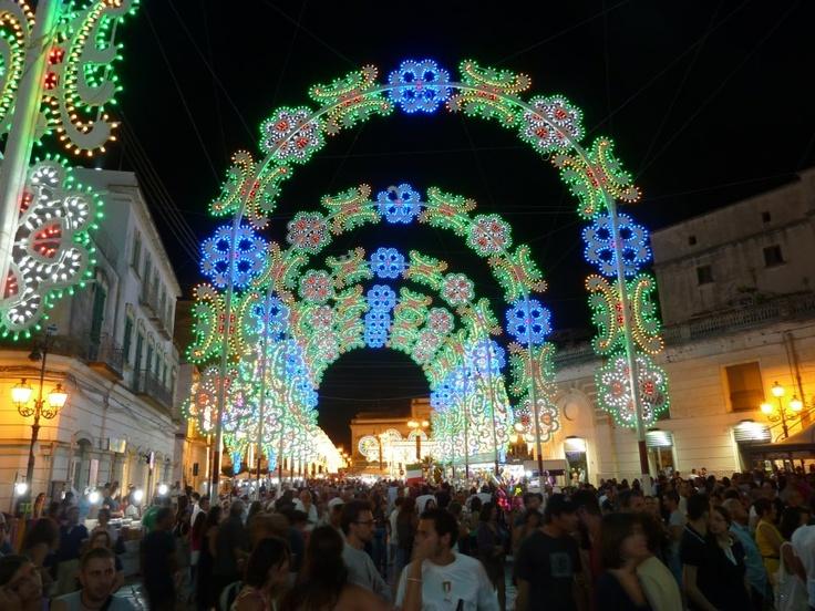 Anche a @Lonely Planet Italia piacciono le luminarie della #Puglia :) #lp_it