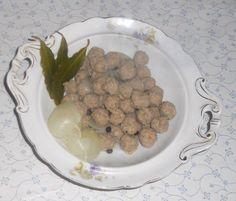 """Das perfekte """"Oma - Friede`s"""" Fleischklößchen als Einlage für Frikassèe u. klare Suppen (Rzpt. um 1910)-Rezept mit einfacher…"""