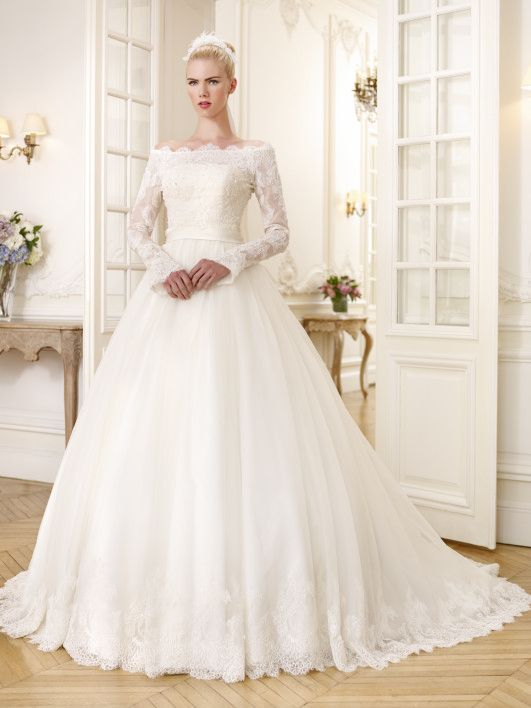 Pronuptia, collection 2015 - Mariage.com - Robes, Déco, Inspirations, Témoignages, Prestataires 100% Mariage