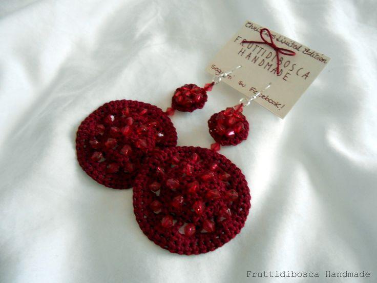 Orecchini all'uncinetto - Crochet earrings.