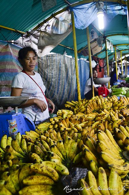 """BBC Boracay says: """" Welcome to the Banana Republic Philippines"""""""