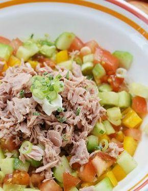 Esta ensalada de atún tiene las proteínas necesarias para una alimentación sana y saludable, también es ideal para una dieta balanceada. ...