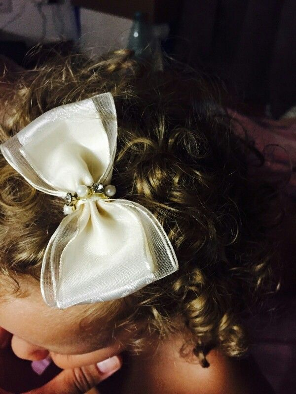 Bow, lace, hair clips