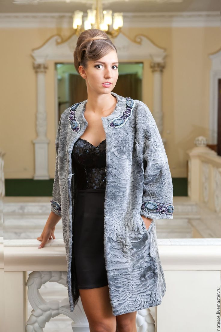 Купить Пальто из каракульчи Swakara светло-серое - серебряный, пальто из…