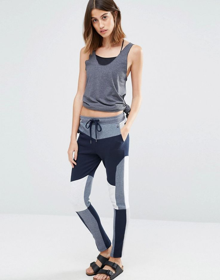 Buy it now. Vero Moda Colourblock Joggers - Navy. Sweatpants by Vero Moda, Soft-touch sweat, Drawstring waistband, Side pockets, Colour-block design, Slim fit - cut close to the body, Machine wash, 65% Polyester, 35% Cotton, Our model wears a UK S/EU S/US XS and is 179cm/5'10.5 tall. ABOUT VERO MODA Danish fashion house, Vero Moda, made their mark on the fashion scene by using top models Kate Moss and Gisele Bundchen in their marketing campaigns. With emphasis on quality, affordable and…