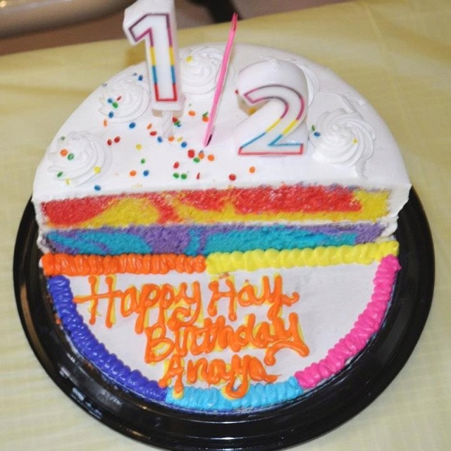 Daphne Made Her Own Birthday Cake Too: 1000+ Images About Half Birthday Cakes On Pinterest