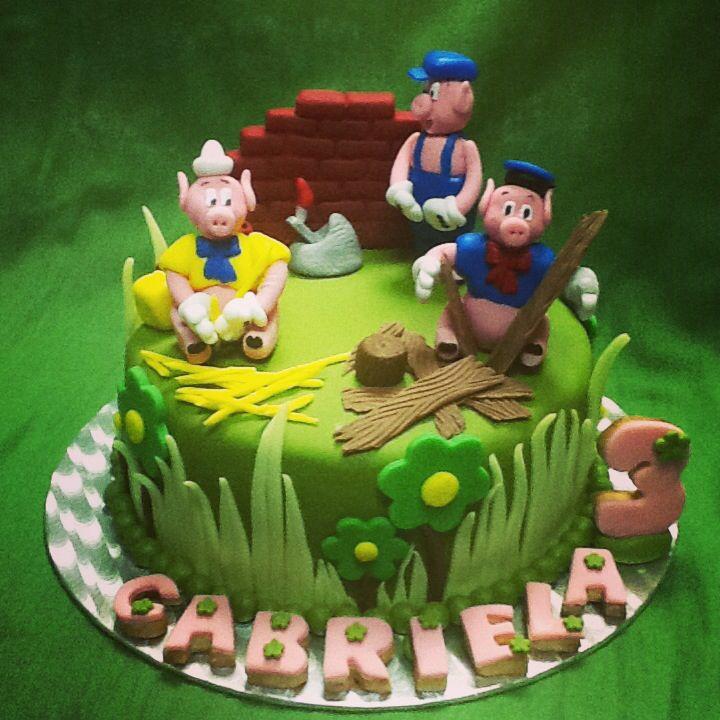 The Three Little Pigs cake. Gabriela's birthday
