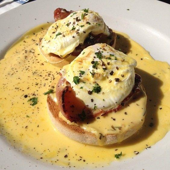 eggs benedict hollandaise sauce amsterdam