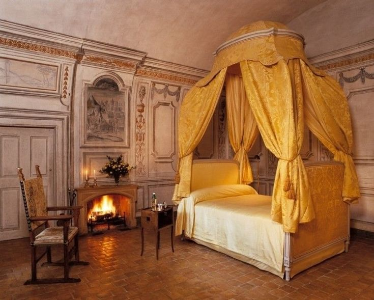 High Quality Elegant Egyptian Bedroom Of Arabic House Design With White Bed And Yellow  Canopy With Fire Pit Set Next To Brown Chair Warm Arabic House Design Ideas  For ...