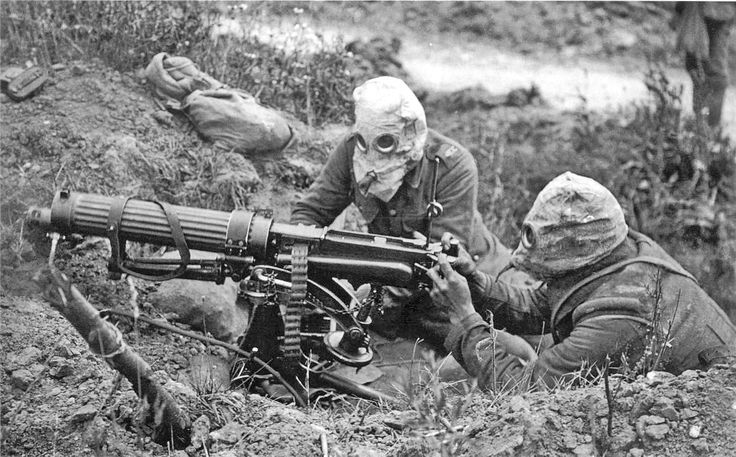"""WWI covered live on Twitter: """"British Vickers machine gun crew wearing PH-type anti-gas helmets. Ovillers, Somme,July 1916 https://t.co/toOJ4rGGoI https://t.co/POzLOPi6UH"""""""