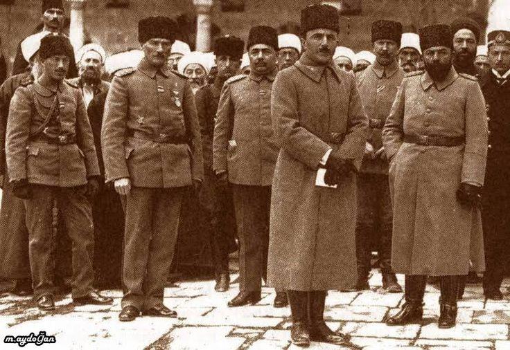 Mustafa Kemal (Atatürk) Pasa, Enver Pasa ve Cemal Pasa