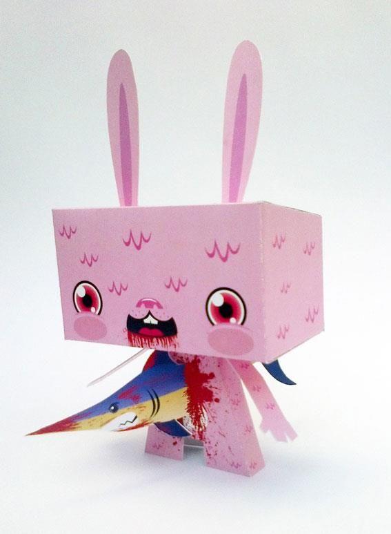 Todos a darle LIKE en Facebook al paper toy de Bowa!