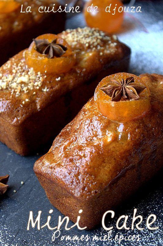 Petit cake aux pommes, noix et épices avec des clémentines confites et parfumé aux saveurs du pain d'épices.Un délicieux gâteaux aux pommes
