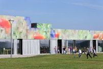 Schule bei Wolfsburg fertig / Pixelpenne - Architektur und Architekten - News / Meldungen / Nachrichten - BauNetz.de