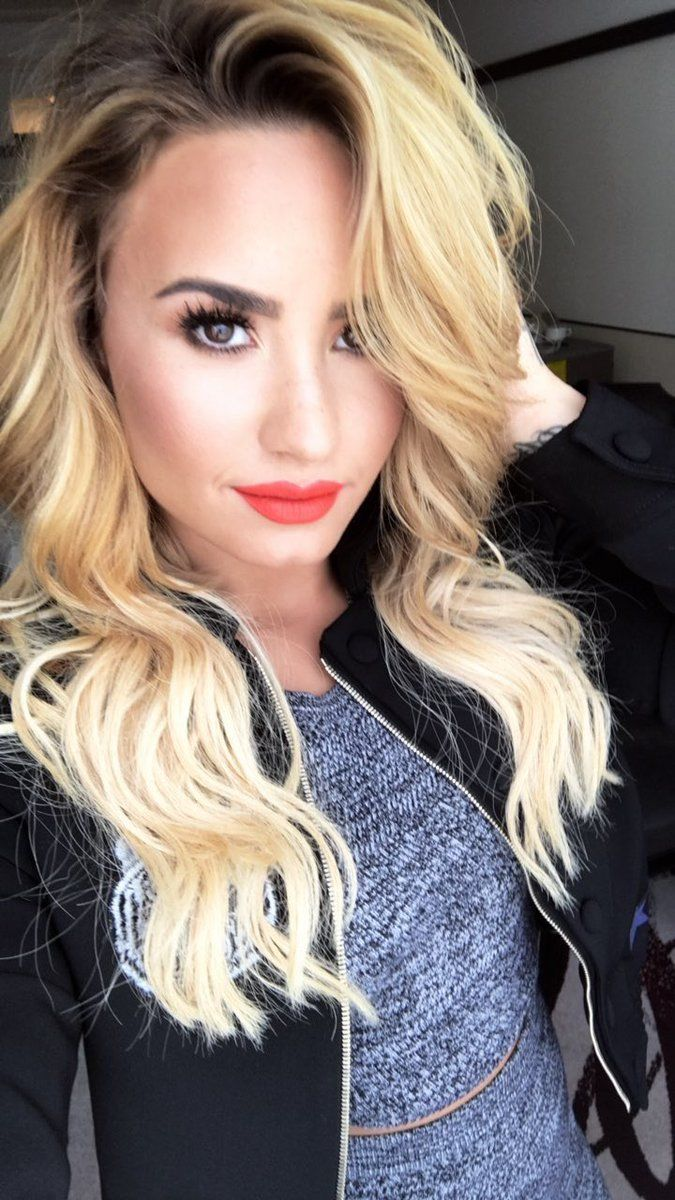 demi lovato hair color blonde wwwpixsharkcom images
