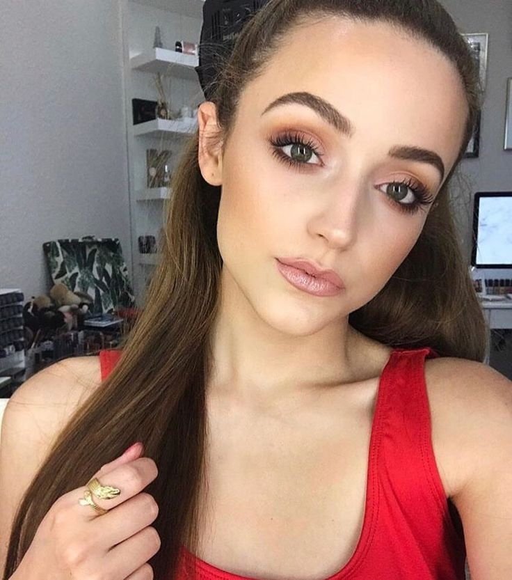 """52.6k Likes, 158 Comments - ColourPop Cosmetics (@colourpopcosmetics) on Instagram: """"Rockin' her signature lippies 🌹💋 @kathleenlights in Aquarius Ultra Satin & Ultra Glossy and Yes…"""""""