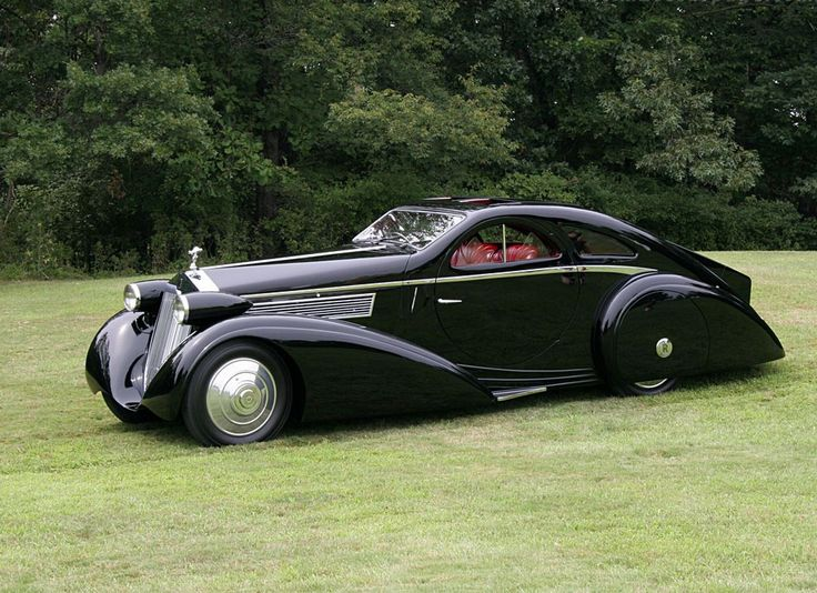 After seeing all the 30's car posts, here's the 1925 Rolls Royce Phantom 1 Jonckheere Coupe - Imgur