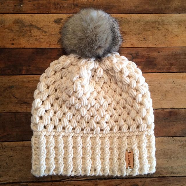I've been so excited about this for so long and I finally had time to make it happen! NEW! Faux-fur Pompom Beanie! Heads up, there are only 3 available. So if you want one... (P.s. One hat is pre-made and can be shipped immediately!) Link is in my bio!