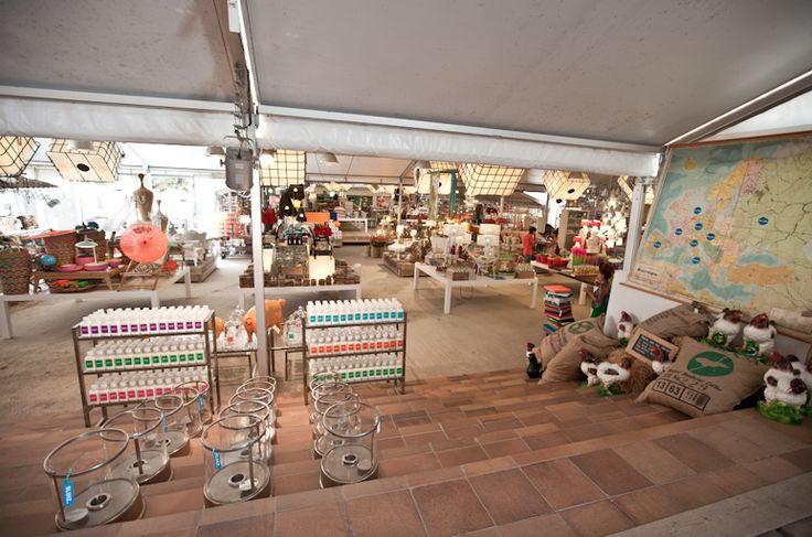 Home shopping @ Sluiz, Ibiza. #interiorjunkie #living #homeiswheretheheartis #interiordesign #home #living #vintage #design #shopping #ibiza #sluiz