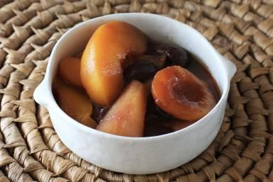 Slow Cooked Fruit Compote With Cinnamon: Slow Cooker Fruit Compote