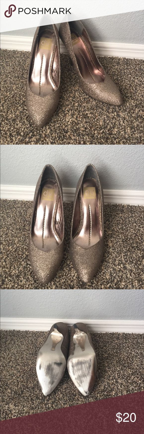DV by Dolce Vita metallic pumps. DV by Dolce Vita metallic pumps. Size 7 worn once. Griege metallic shimmer color. 🚫 trades. DV by Dolce Vita Shoes Heels