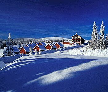 Located 12 km from Lillehammer, Nordseter Fjellstue offers great cross-country skiing conditions on its doorstep. Cute rustic cabins.