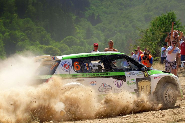 In Campionatul European de Raliuri FIA nu este timp pentru odihna. La mai putin de o luna dupa Geko Ypres Rally, din Belgia, ultima etapa din prima jumatate a sezonului, lupta pentru glorie continua la Raliul Sibiului, programat in perioada 25-27 iulie. Etapa noua in [...]