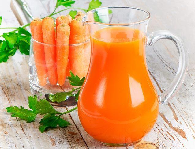 La centrifuga ACE è la ricetta per realizzare il succo ACE. Ricco di vitamine ed antiossidanti è un ottimo succo di frutta salutare.