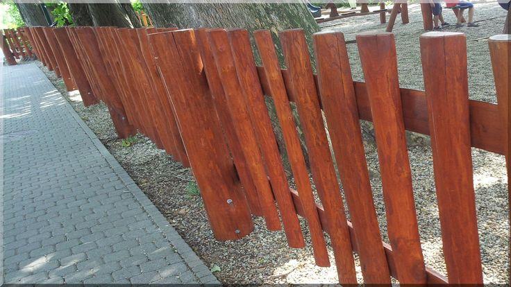 Egyedi fakerítés
