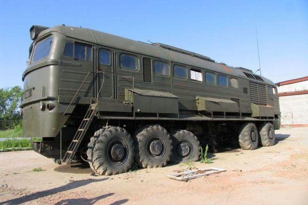 Galerie: Nejbizarnější ruská terénní vozidla, která projedou úplně všude - Autobible.cz