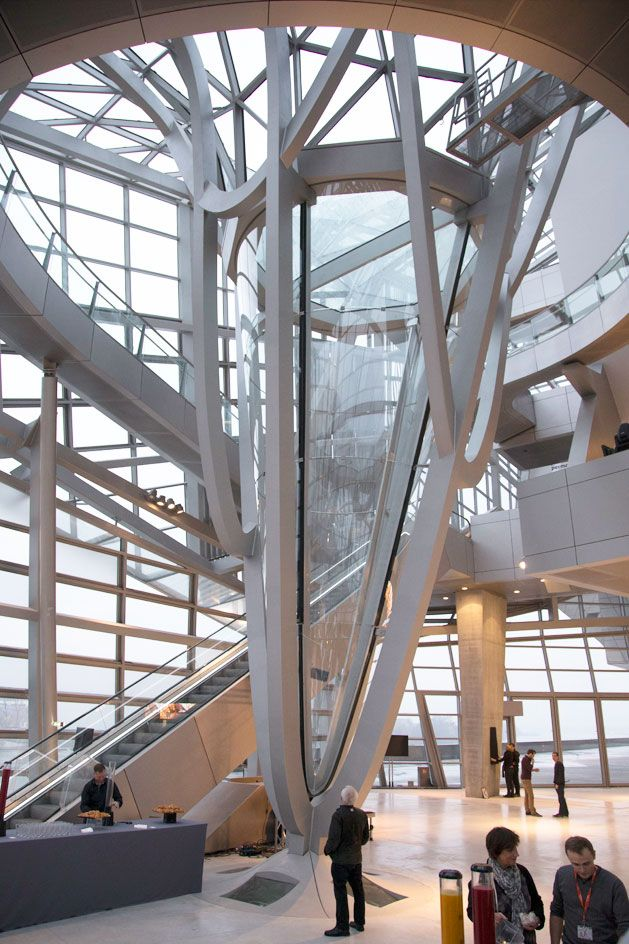 1000 images about co op himmelb l au on pinterest for Architecte musee confluence