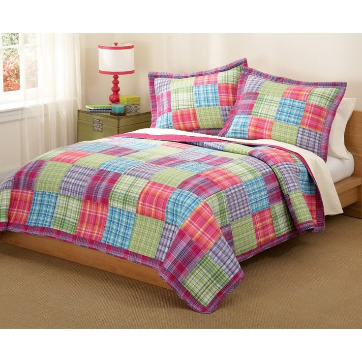 Pink Checkered Quilt Set