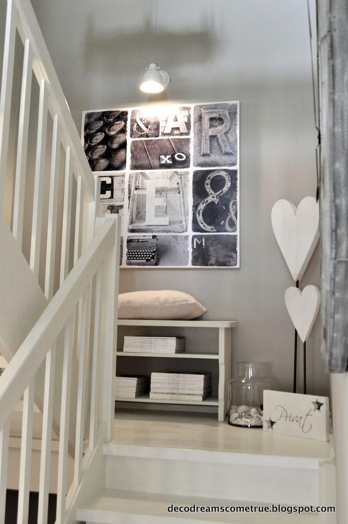 die besten 25 treppenhaus dekorieren ideen auf pinterest treppenmalerei gestrichene treppen. Black Bedroom Furniture Sets. Home Design Ideas
