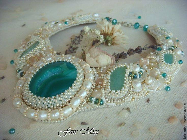 Купить Колье из бисера и камней - салатовый, мятный, невеста, свадебное украшение, колье с камнями