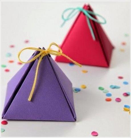 Resultado de imagen de taller de bolsas y envoltorios regalo piramide