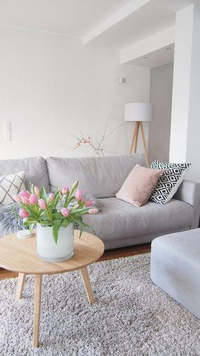 ... ein Hauch Frühling im Winter... | SoLebIch.de, Foto von Mitglied Worta #solebich #einrichtung #interior #interiordesign #wohnzimmer #livingroom #tulpen #tulips #frühling #spring