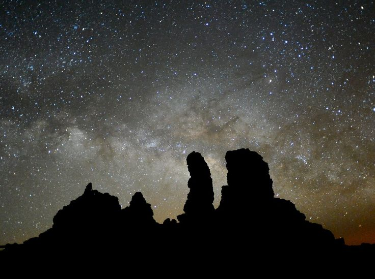 https://flic.kr/p/9anCdC | Milky Way rising behind Roque de los Muchachos | Volcanic rocks on the summit of La Palma, Canary Islands. Rising behind the rocks is the central bulge of our own galaxy.