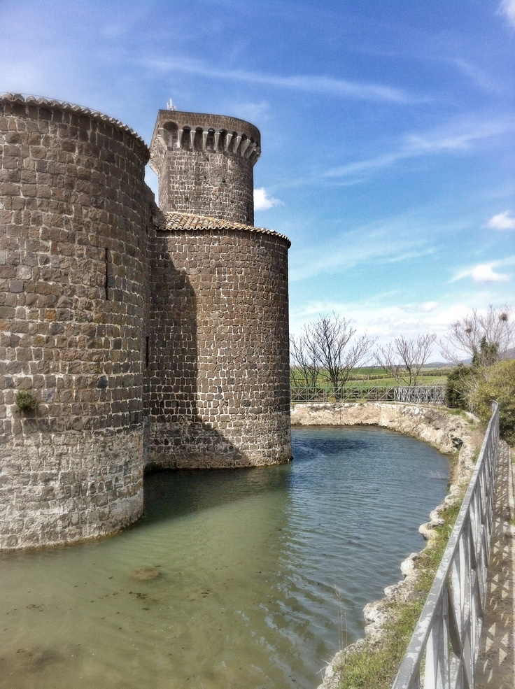 Scorcio del castello della Badia (Vulci - Vt)