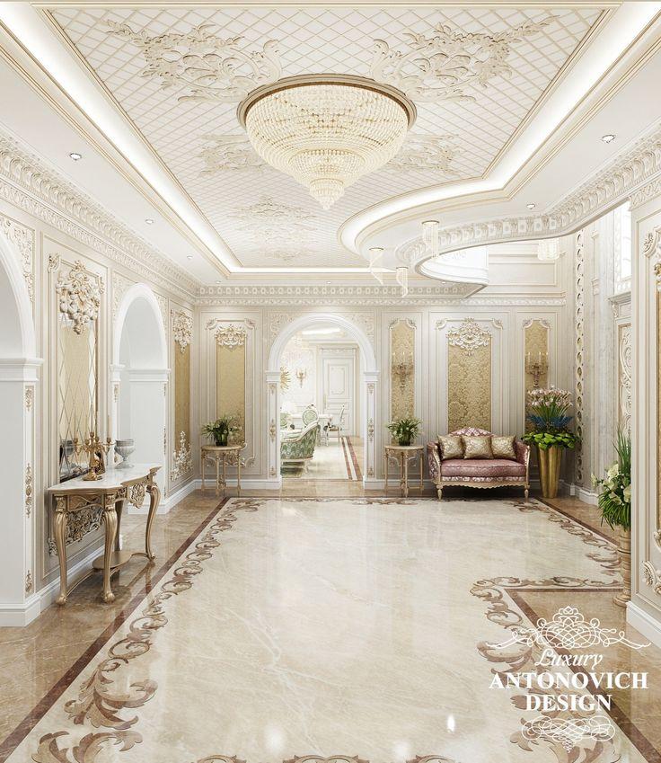 Элитный проект дома с роскошным холлом в классическом стиле от Antonovich Design