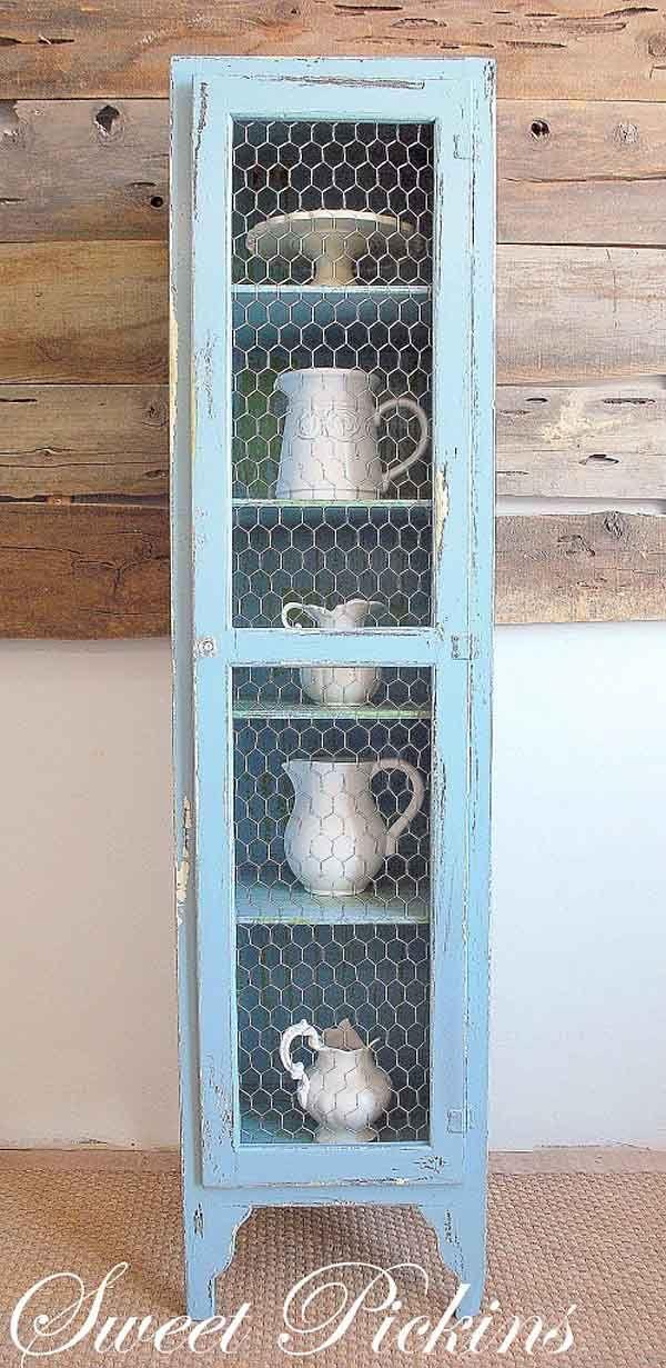 Minialacena con tela de gallinero y pátina en azules.