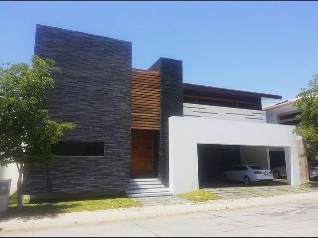Las 25 mejores ideas sobre fachadas contemporaneas en for Arquitectura moderna casas pequenas