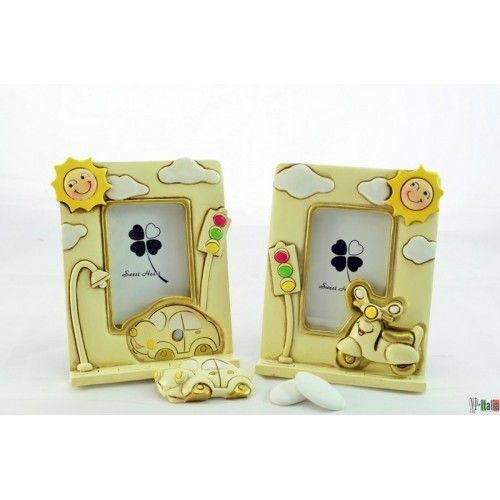 http://www.nastriportaconfetti.it/shop/1026-2012-thickbox/portafoto-con-magnete-piccolo-1-pz.jpg