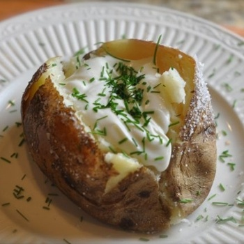 OUTBACK STEAKHOUSE BAKED POTATO! maybe I could use coconut oil instead of vegetable oil.