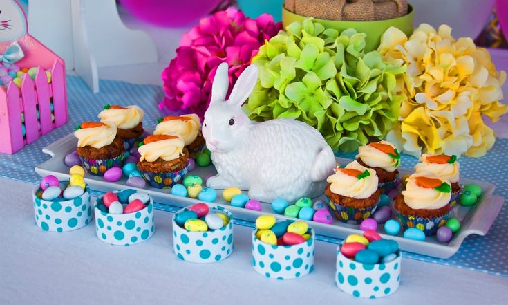 Sainsbury S Cake Decorations Mini Carrots : 17 Best images about Easter Party Decorations! on ...