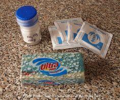 detergente para a roupa: água, borax, borato de sódio e sabão azul e branco