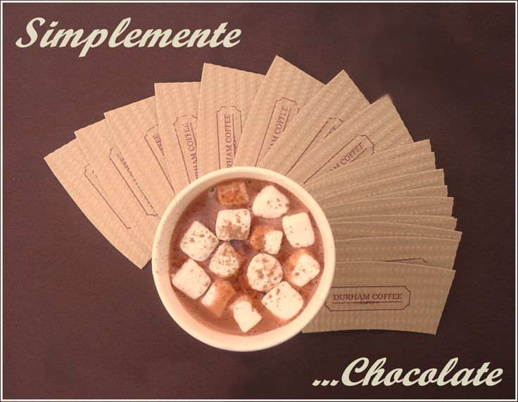 Chocolate Caliente con crema o marshmallows #chocolate #chocolatecaliente