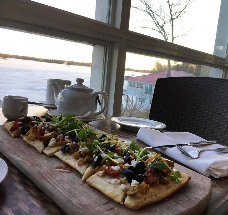 """PlanetBlueAdv (Parm) on Twitter: """"Time for a lovely snack with Tea with a lake view @viamederesort @thekawarthas @ontariotra… https://t.co/9G4PWmTCM2 https://t.co/KQIFuwSQre"""""""