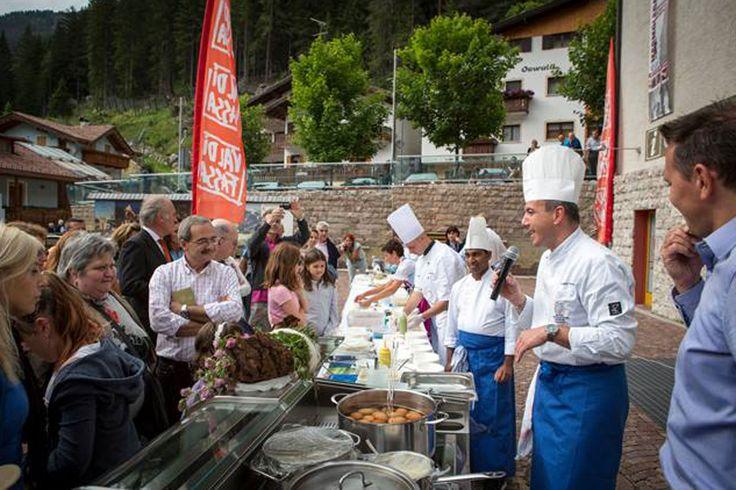 dieci chef della valle in festival gastronomico! 4 luglio a Canazei e 5 luglio a Pozza Chi degusta con noi?:
