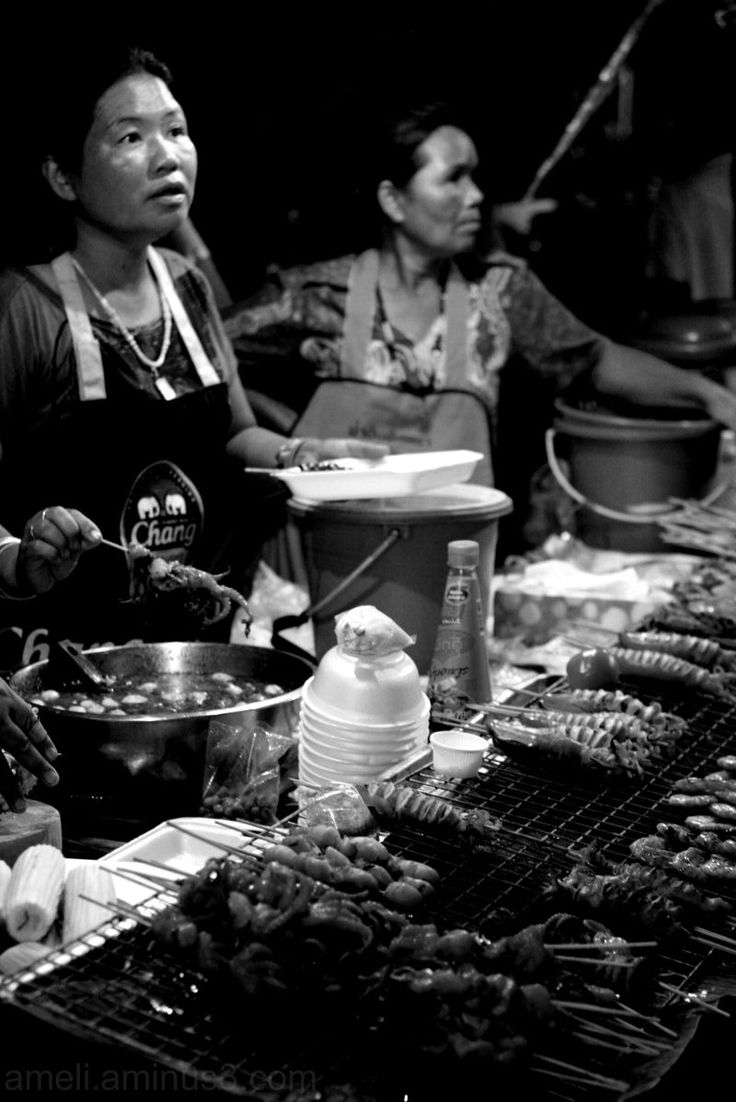 Night market, Thailand by Ameli
